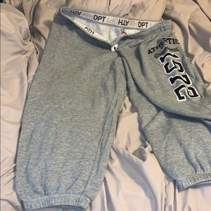 Nike Pants - Nike Capri sweat pants